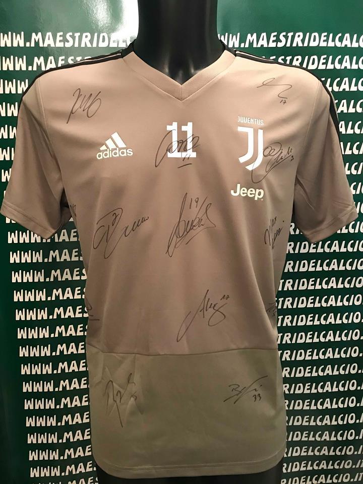 "Maglia Allenamento Beige ""D. Costa 11"" Autografata F.C. Juventus 2018/2019"