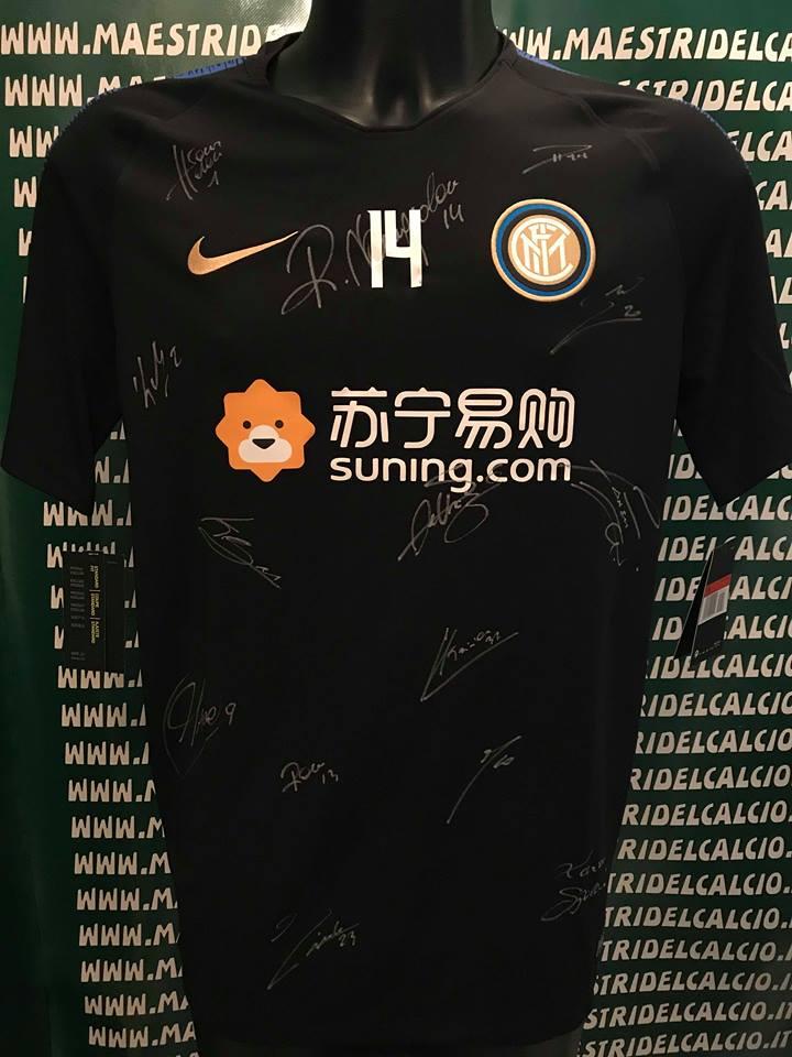 """Maglia Allenamento Nera """"Nainggolan 14"""" Autografata F.C. Inter 2018/2019"""